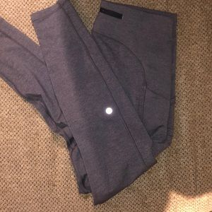 LULULEMON grey leggings with pockets size 10